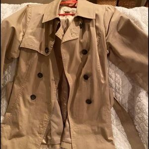Arden B trench coat Medium